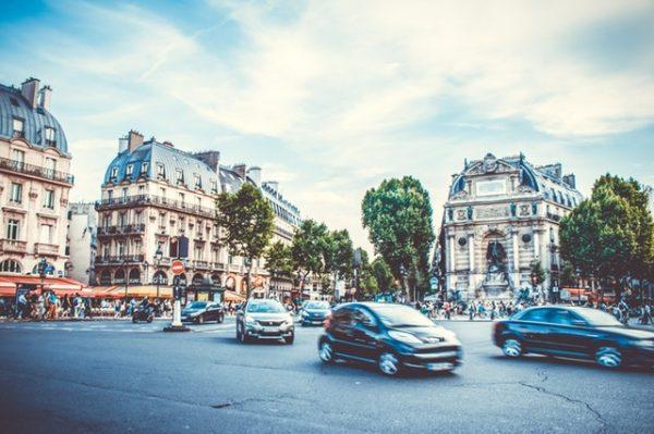 Dojazd busem z beauvais do centrum paryża